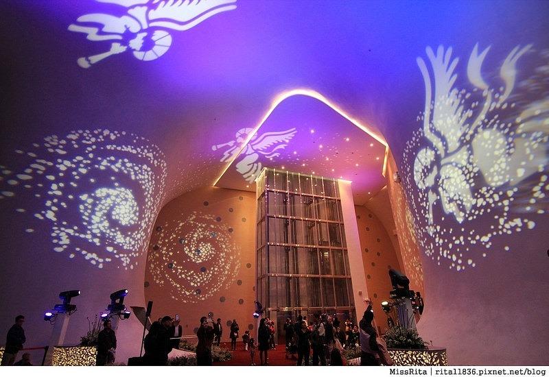 台中歌劇院光雕 台中耶誕 台中聖誕活動 臺中國家歌劇院 臺中國家歌劇院聖誕 聖誕燈光秀 歌劇院聖誕燈光17