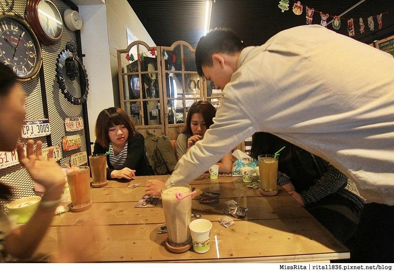 一粒麥子 台中桌遊 台中耶誕聚 台中桌遊店 一粒麥子桌遊 工業風 Dooopo 都品家居33