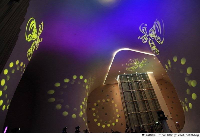 台中歌劇院光雕 台中耶誕 台中聖誕活動 臺中國家歌劇院 臺中國家歌劇院聖誕 聖誕燈光秀 歌劇院聖誕燈光12