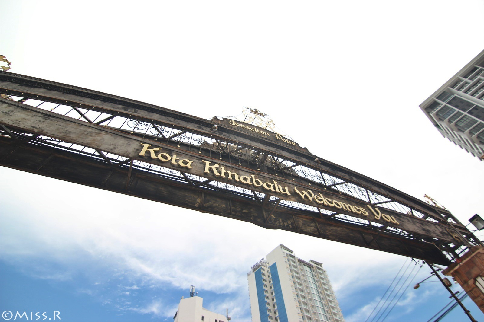 """沙巴自助,馬來西亞,馬來西亞自助,亞航沙巴,馬航沙巴,沙巴景點,klook,kkday,sabah,gayanamarineresort,hotelsixty3,globalwifi,wifi推薦,馬來西亞wifi,沙巴美食,Welcomeseafoodrestaurant,kotakinabalucitymosque水上清真寺,TanjungAruNightMarket"""
